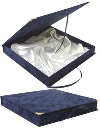 BOX KÉK PLD32 selyem belsővel